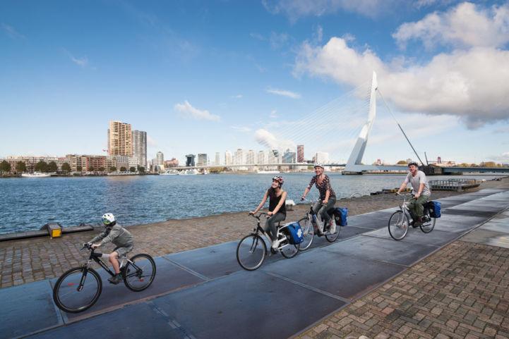 NL_Rotterdam_264A6982_mit_helm_Ansicht.jpg