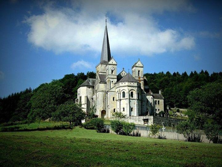 Notre Dame de l'Assomption de Mont-devant-Sassey, France © Hocusfocus55