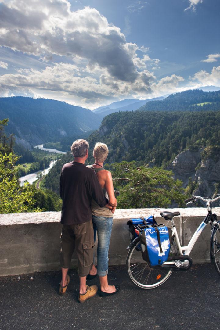 Silver-cyclist.jpg